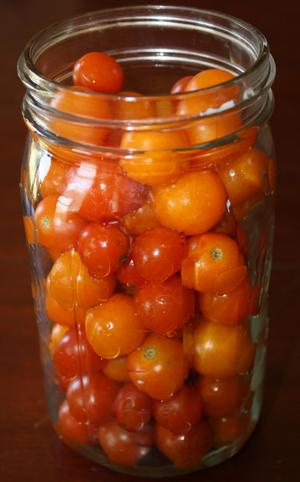 tomatoesinjar