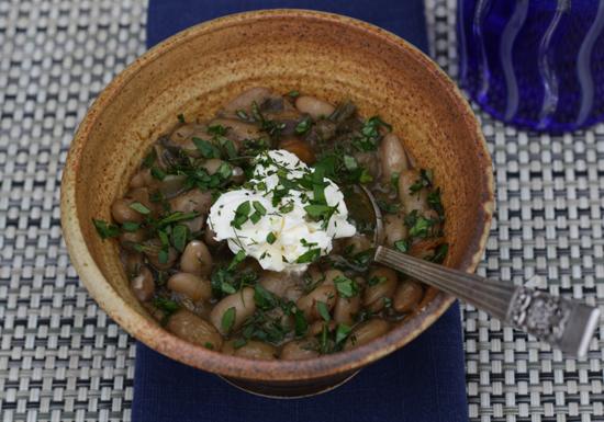 white bean stew | www.healthygreenkitchen.com