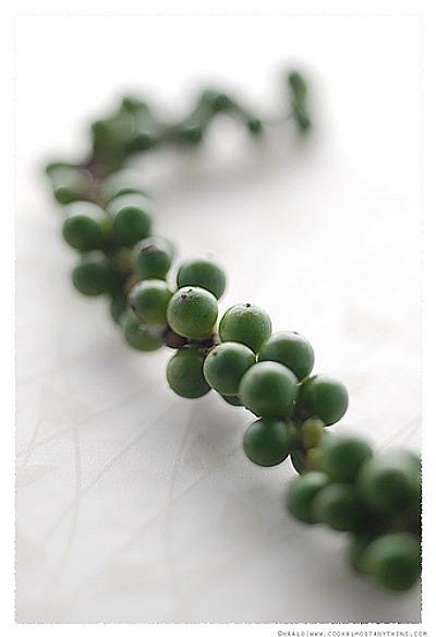 Freshgreenpeppercorns