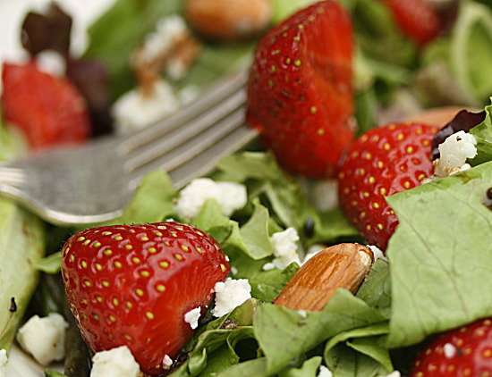 strawberry, almond, goat cheese salad   healthy green kitchen