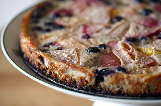 plum custard tart from www.healthygreenkitchen.com
