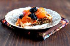 raw apricot blackberry pie