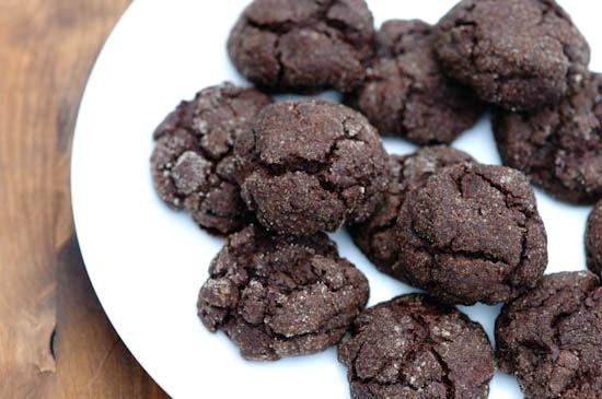 chewy chocolate mint cookies | www.healthygreenkitchen.com