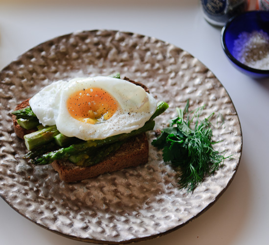 Poached Egg and Asparagus on Toast from Healthy Green Kitchen