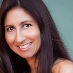 Sylvie Shirazi Bio Pic