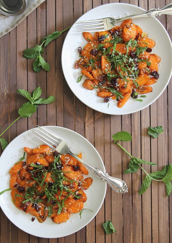 Roasted Carrot Salad from www.healthygreenkitchen.com