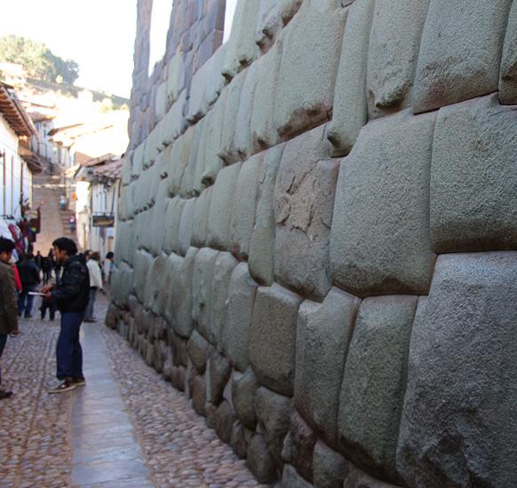 Cuzco street | Healthy Green Kitchen