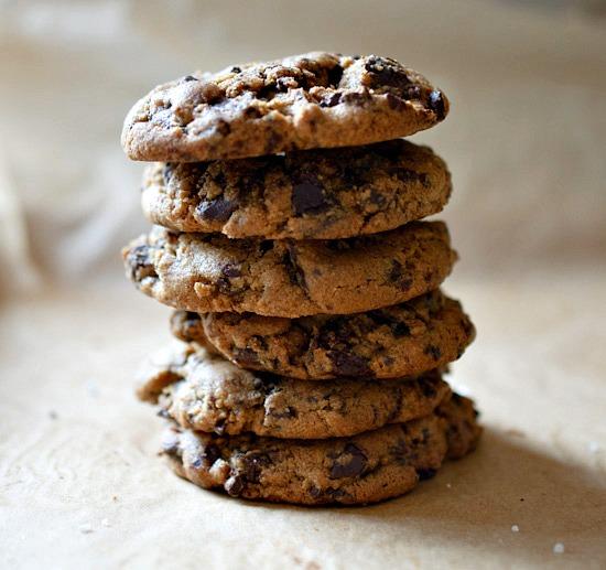 gluten-free chocolate chip cookies | Healthy Green Kitchen