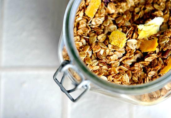 muesli | www.healthygreenkitchen.com