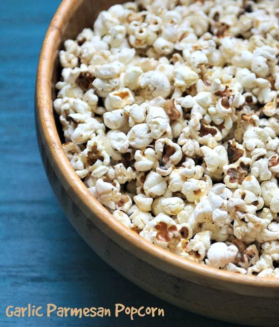 garlic parmesan popcorn | healthy green kitchen