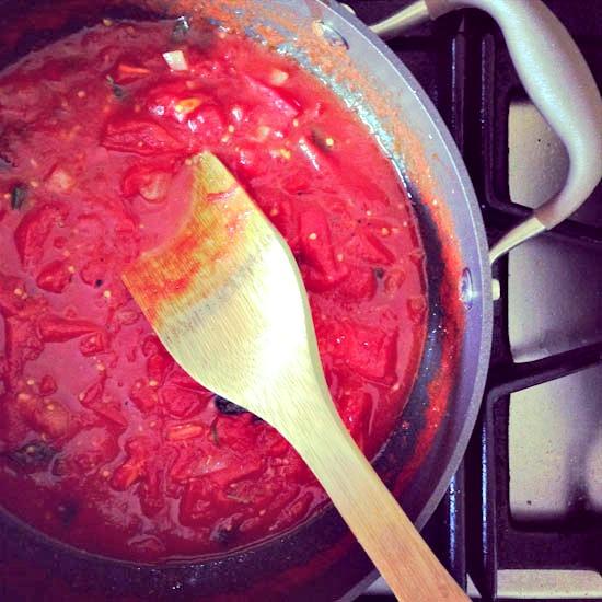 quick tomato sauce | healthy green kitchen