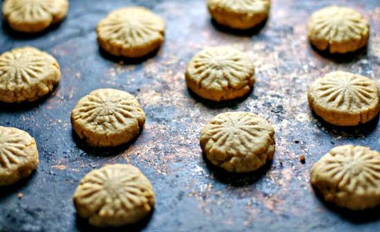 unrefined sugar cookies