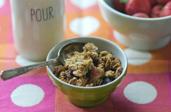 fig and ginger cluster granola | healthy green kitchen